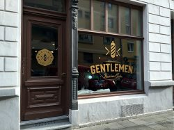 Gentlemen Schaufensterbeschriftung