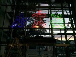 Sporttreff Neon